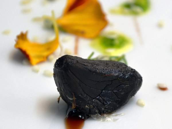 el ajo negro