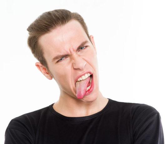 puntos rojos en la lengua